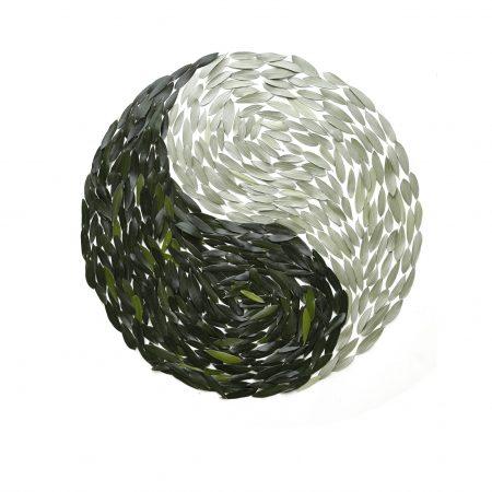 olive-leaf-yin-and-yang-3b